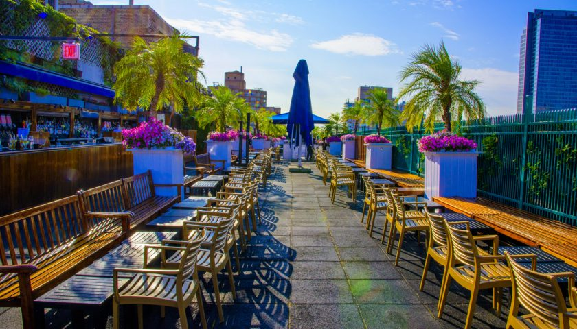 Winter Rooftop Bars - Rooftop Bar NYC - New York's largest ...